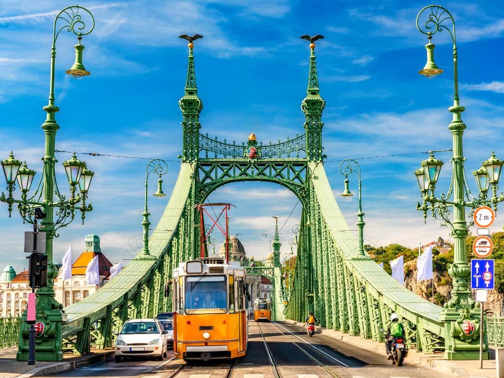 budapest-vtour-2020.jpg