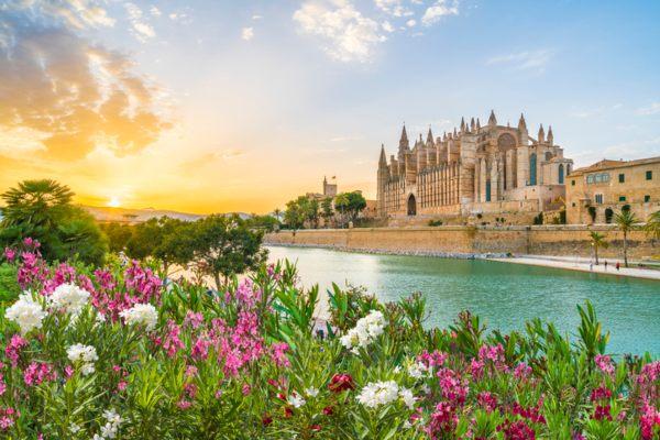 best-balearic-islands-palma-mallorca-cathedral.jpg